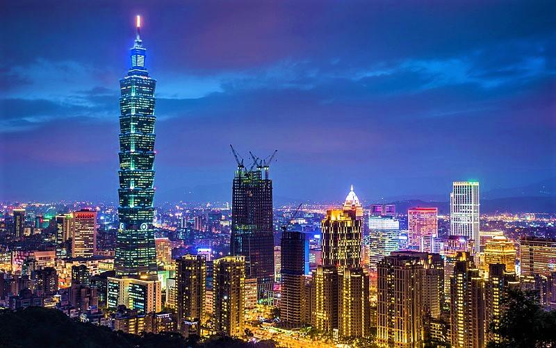 Taipei, Taiwan from Elephant Mountain